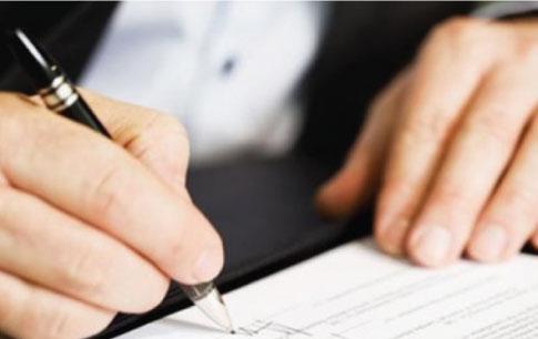 Bộ Tài chính: Không có chuyện phạt tới 10 triệu nếu chữ ký không giống mẫu 100%